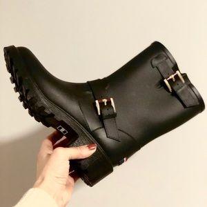 ✨ Hilfiger Boots ✨